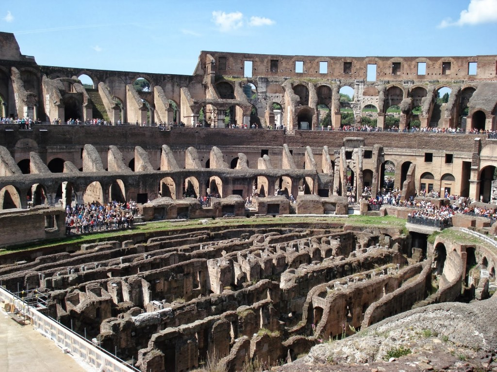 Colosseo_inside_Rome